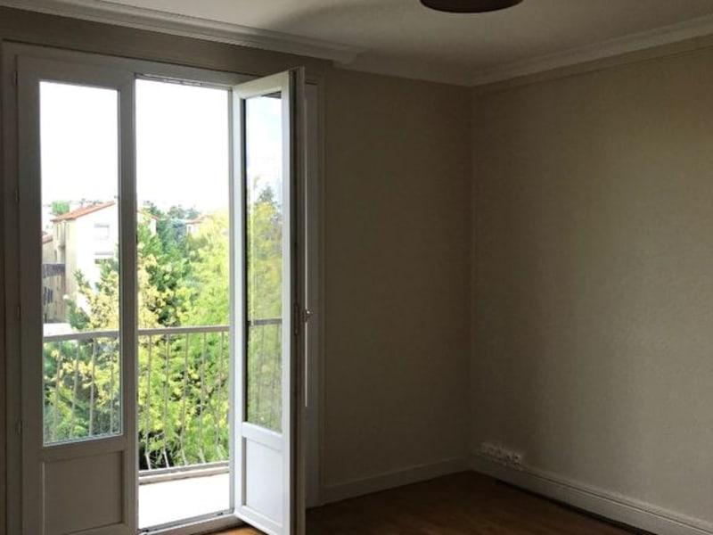 Rental apartment Villefranche sur saone 690€ CC - Picture 2