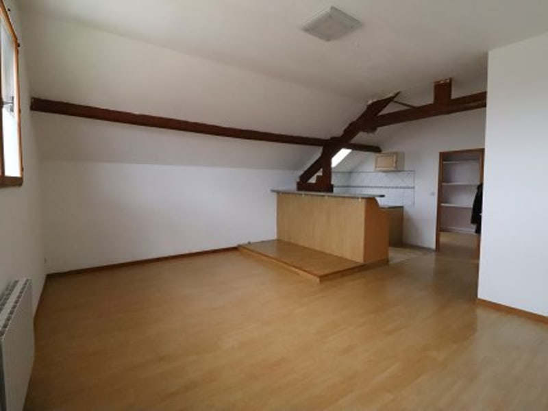 Location appartement Bu 600€ CC - Photo 1