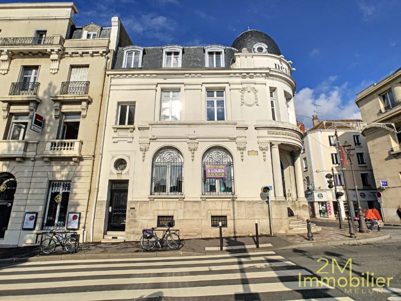 Rental office Melun 2 200€ CC - Picture 8