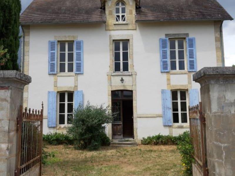 Sale house / villa Lurcy levis 158400€ - Picture 1