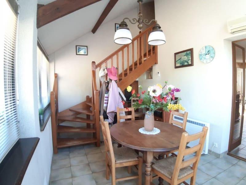 Sale house / villa St bonnet troncais 148400€ - Picture 9