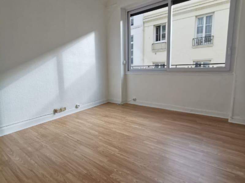 Rental office Paris 2ème 1200€ HC - Picture 3
