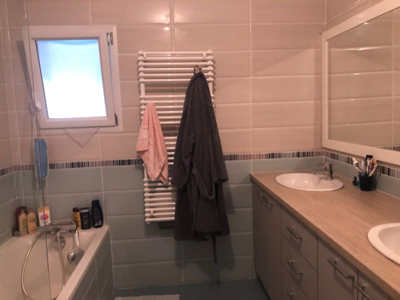 Sale house / villa Polliat 494000€ - Picture 4