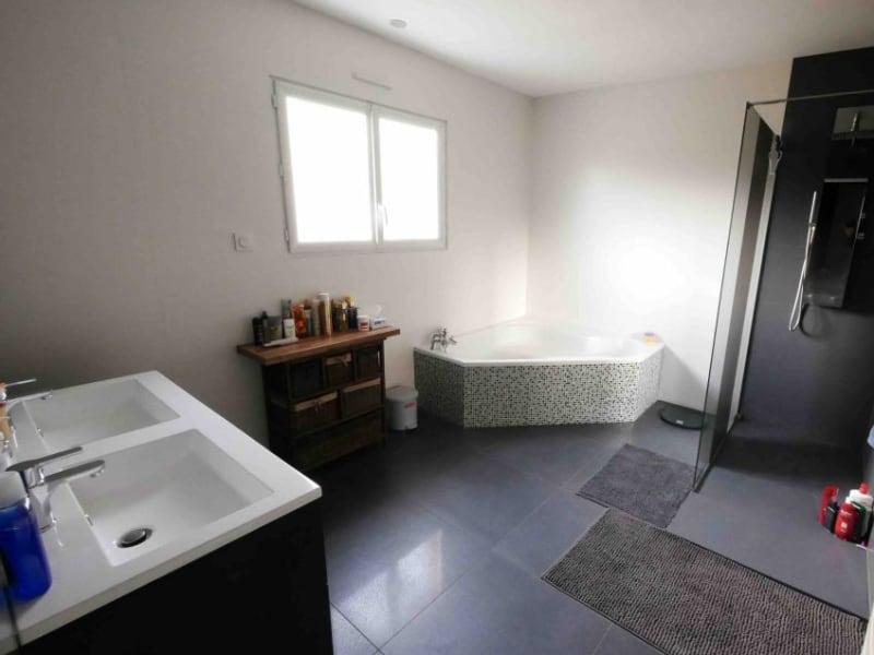 Sale house / villa Borderes sur l echez 299000€ - Picture 5