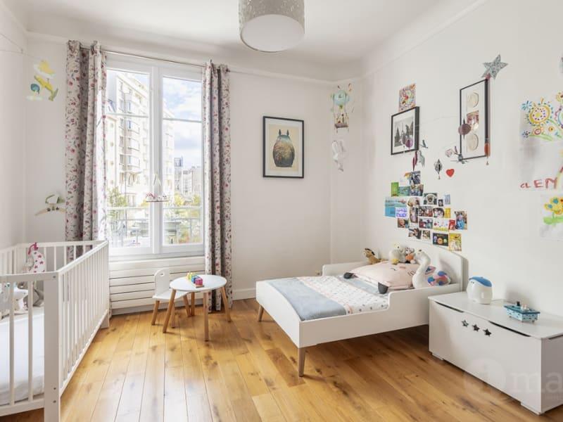 Sale apartment Courbevoie 530000€ - Picture 3