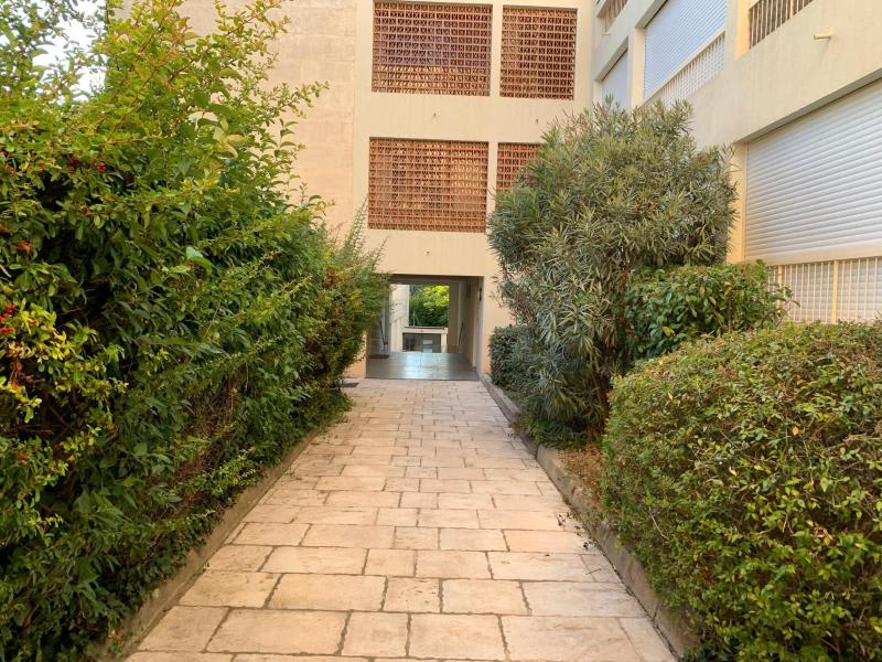 Rental apartment Aix en provence 800€ CC - Picture 2