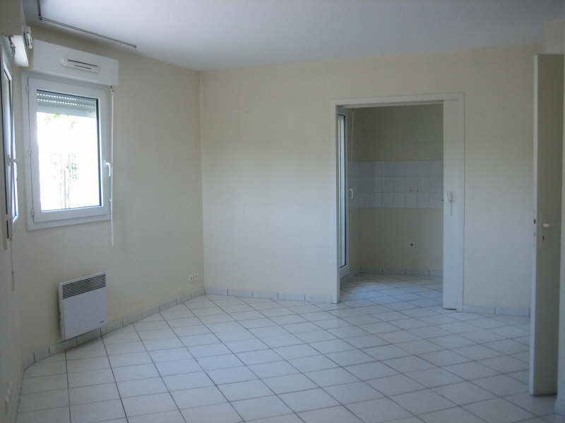 Rental apartment Pauillac 444€ CC - Picture 4