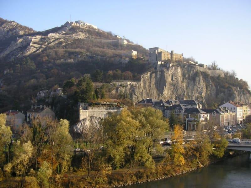 Sale apartment Grenoble 326000€ - Picture 1