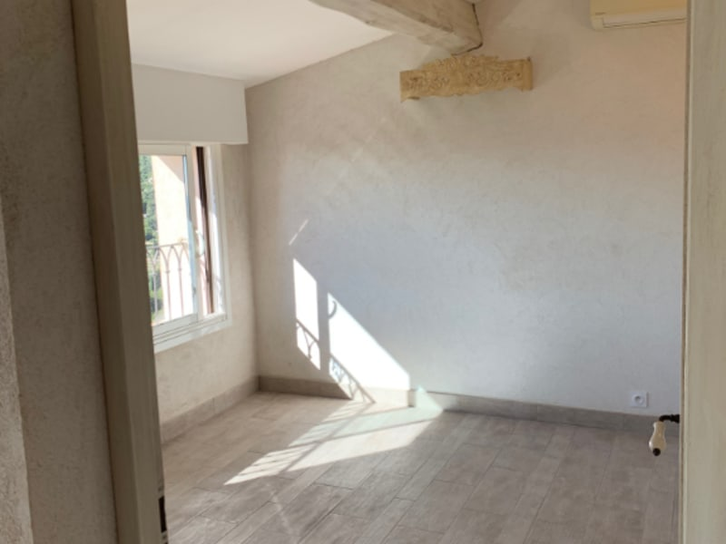 Location appartement Cabris 880€ CC - Photo 5