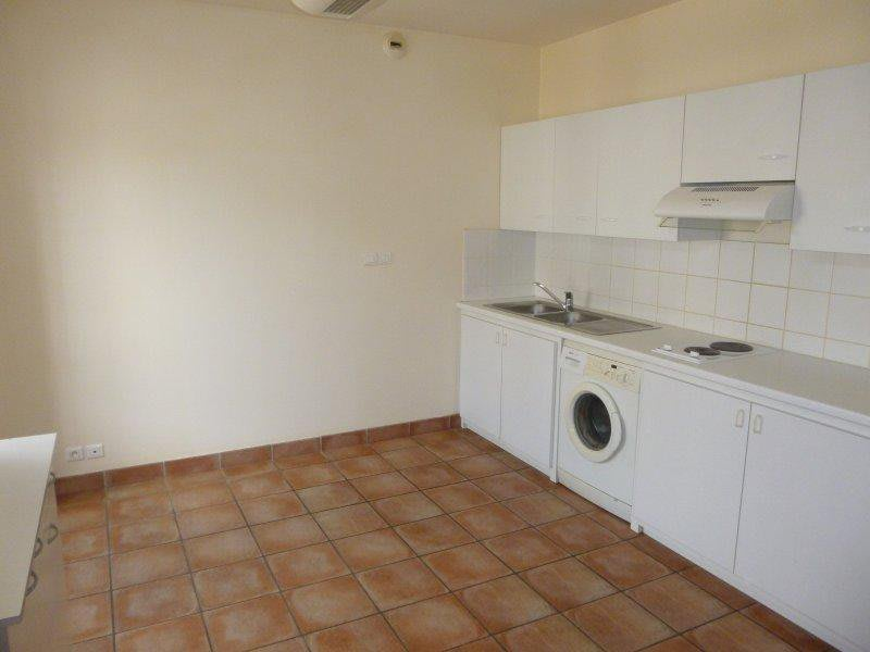 Rental apartment Montgaillard-lauragais 340€ CC - Picture 3