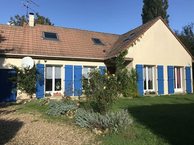 Sale house / villa Houdan 348000€ - Picture 1