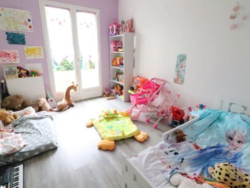 Sale house / villa Houdan 348000€ - Picture 9