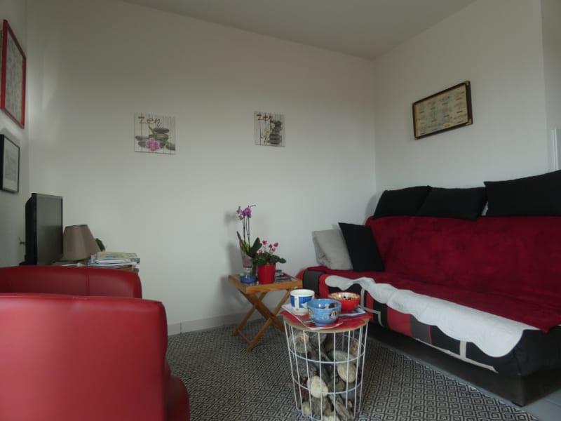 Sale apartment Royan 198000€ - Picture 2