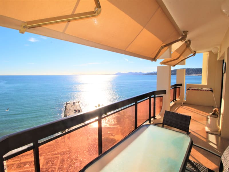 Sale apartment Antibes 956 000€ - Picture 1