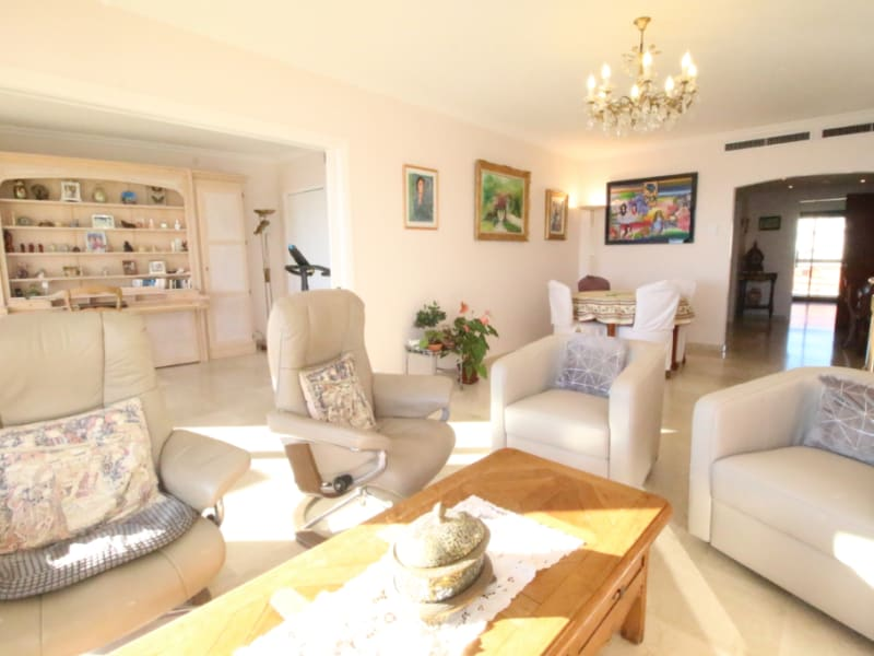 Sale apartment Antibes 956 000€ - Picture 3