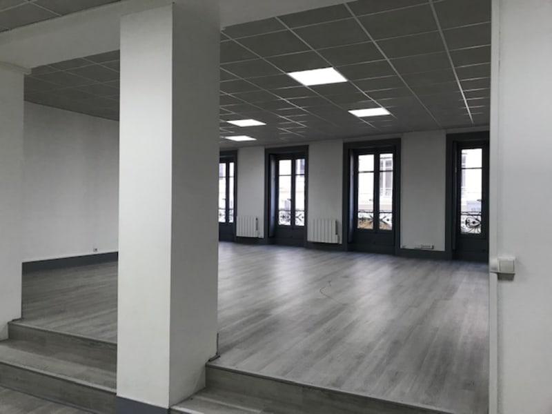 Location bureau Lyon 2ème 3410€ HC - Photo 7