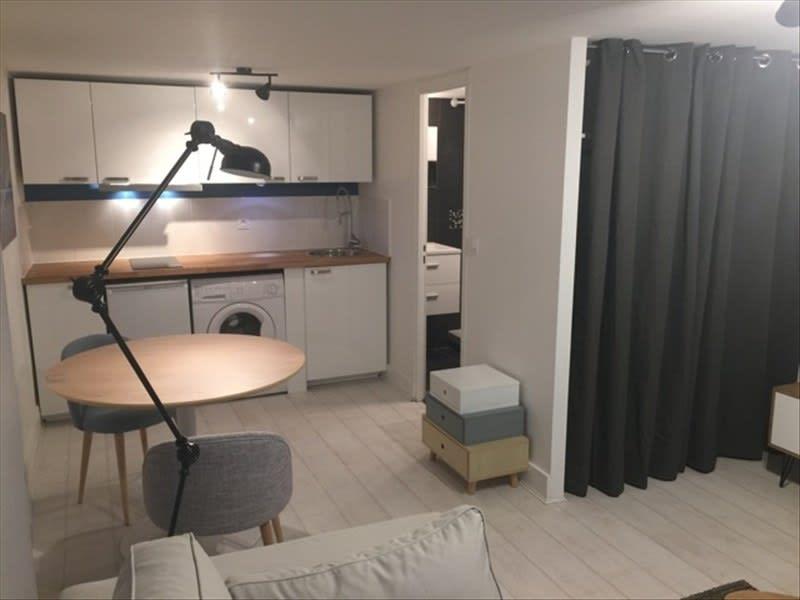 Rental apartment Lyon 6ème 593€ CC - Picture 2