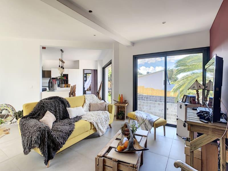 Sale house / villa Le tampon 392000€ - Picture 1