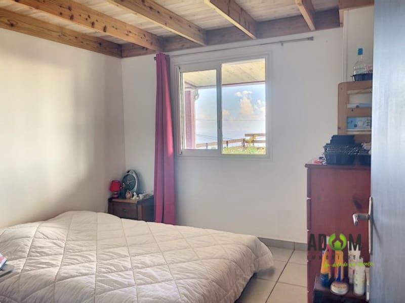 Sale house / villa Les avirons 205000€ - Picture 6