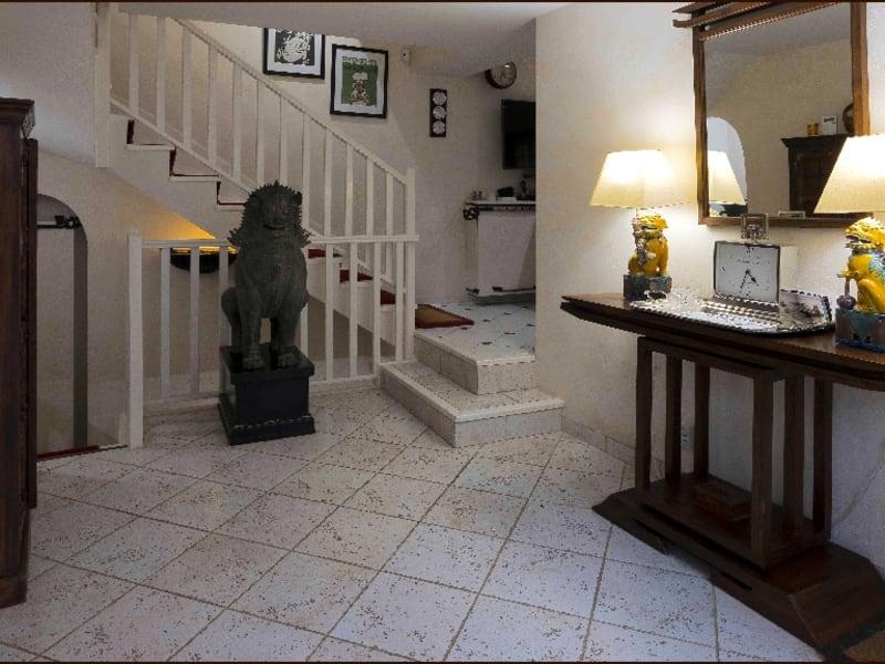 Sale house / villa Feucherolles 940000€ - Picture 5
