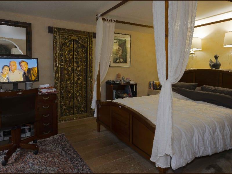 Sale house / villa Feucherolles 940000€ - Picture 10