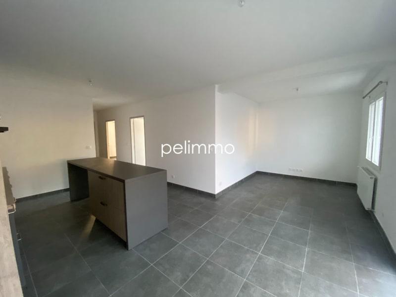 Location appartement Pelissanne 870€ CC - Photo 3
