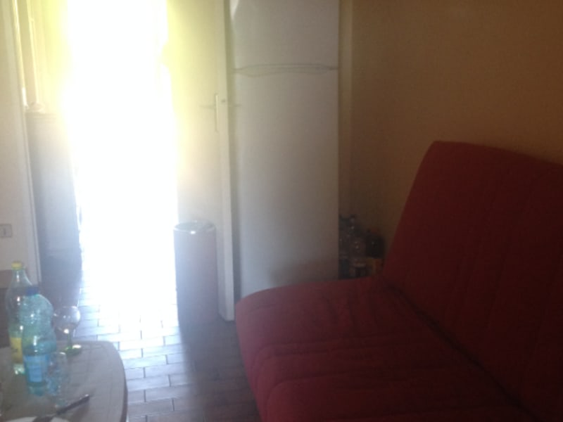 Sale apartment La ciotat 300 000€ - Picture 3