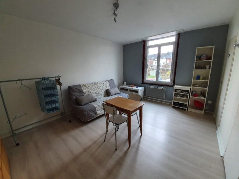 Rental apartment Caudry 326€ CC - Picture 1