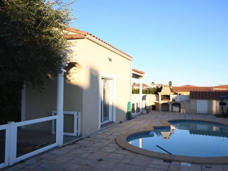 Sale house / villa Villeneuve de la raho 425250€ - Picture 2