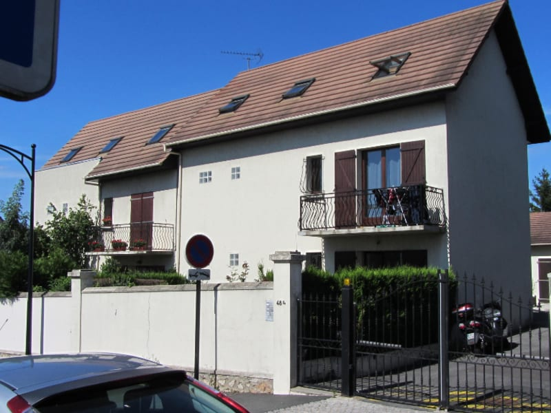 Location appartement Champigny sur marne 745€ CC - Photo 1