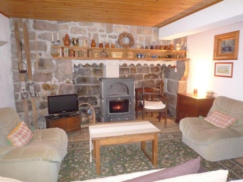 Sale house / villa St agreve 125000€ - Picture 1
