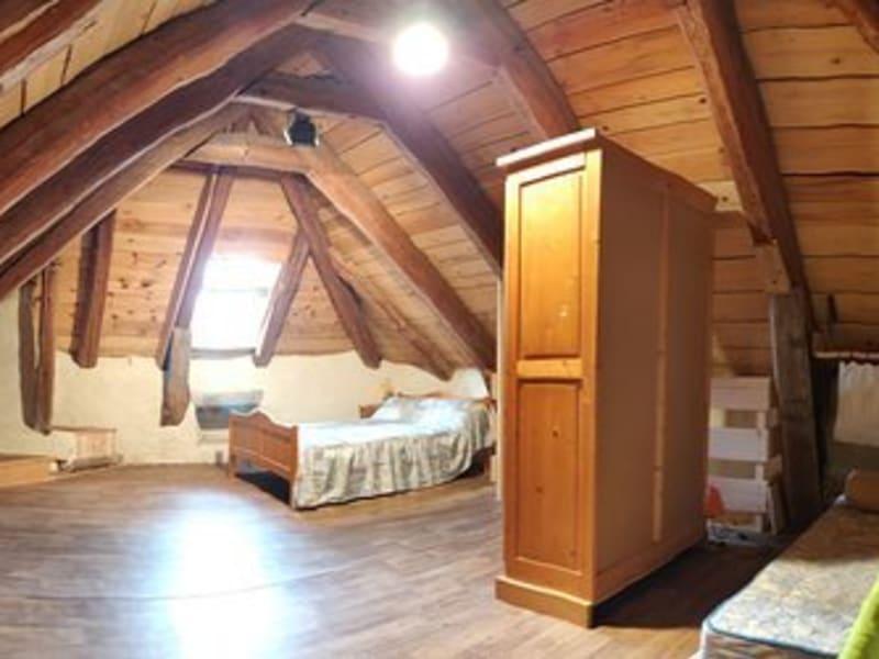 Sale house / villa Presailles 120500€ - Picture 6
