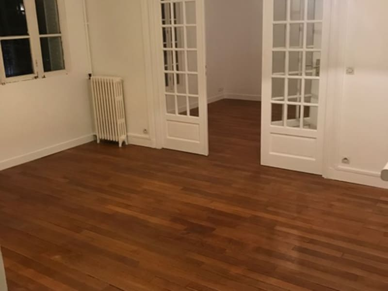 Location appartement Paris 16ème 1 424€ CC - Photo 7