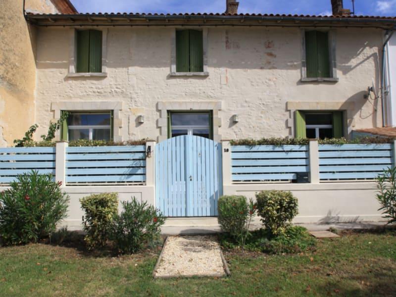 Sale house / villa L eguille 357000€ - Picture 1