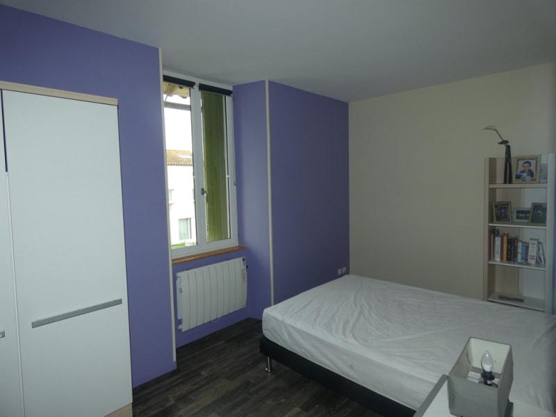Sale house / villa L eguille 357000€ - Picture 8