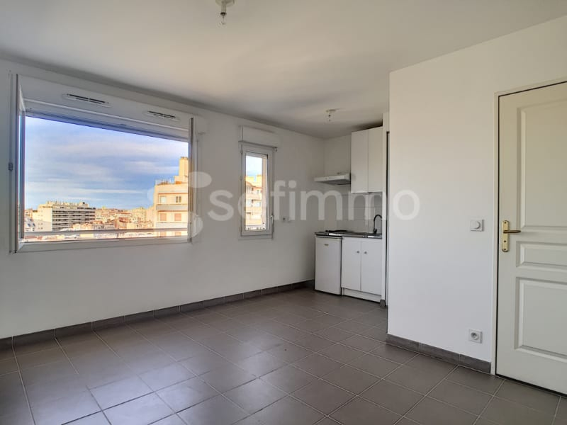 Rental apartment Marseille 5ème 479€ CC - Picture 1
