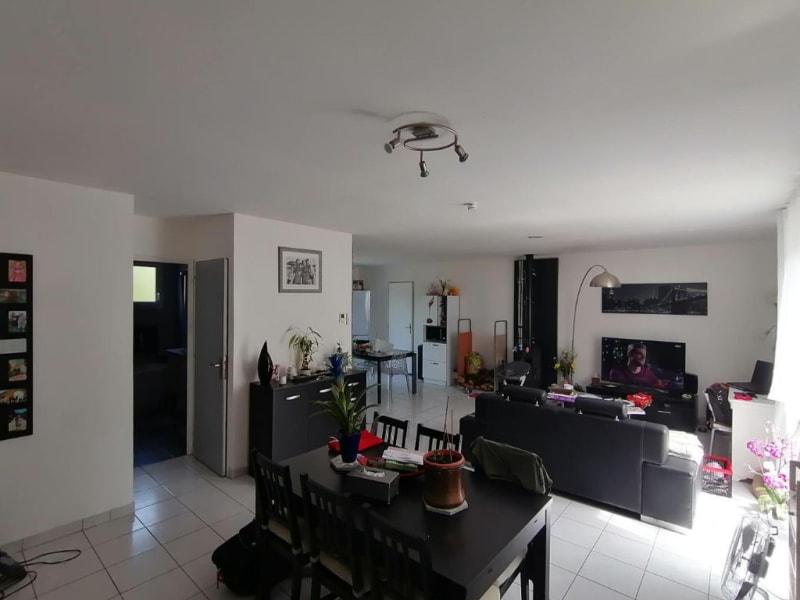 Sale house / villa Ecaquelon 215000€ - Picture 5