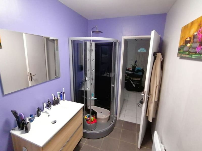 Sale house / villa Ecaquelon 215000€ - Picture 11