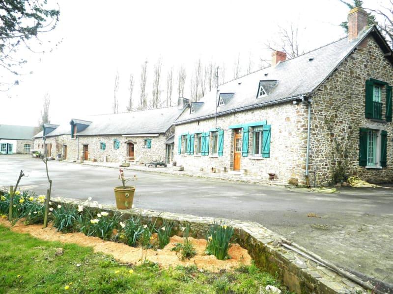 Sale house / villa Martigne ferchaud 335800€ - Picture 2