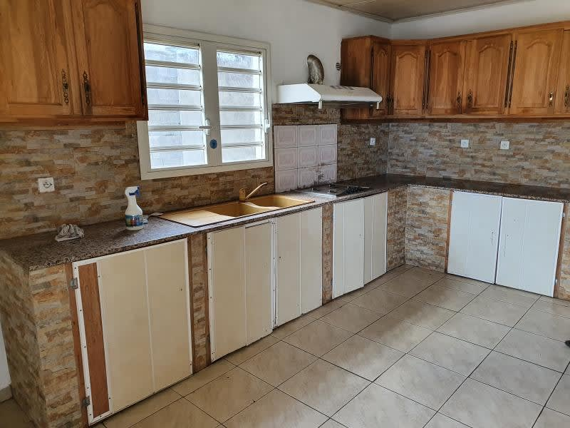 Sale house / villa La possession 364000€ - Picture 3