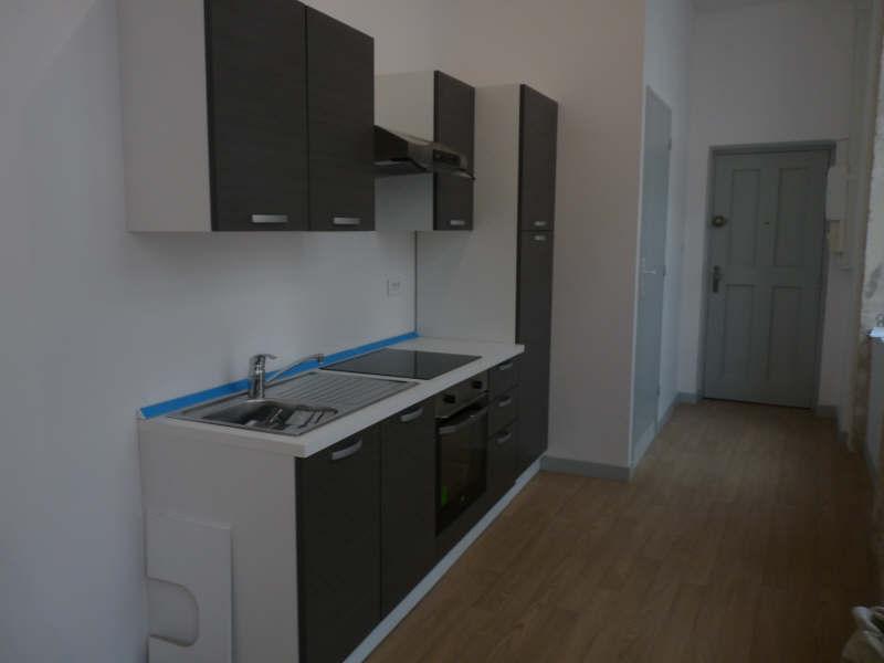 Rental apartment Lyon 1er 595€ CC - Picture 2