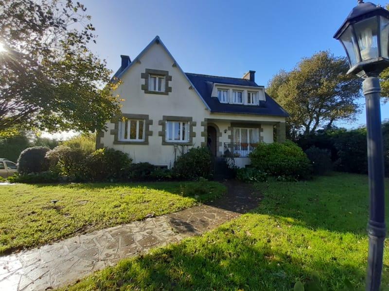 Sale house / villa Carhaix plouguer 178500€ - Picture 1
