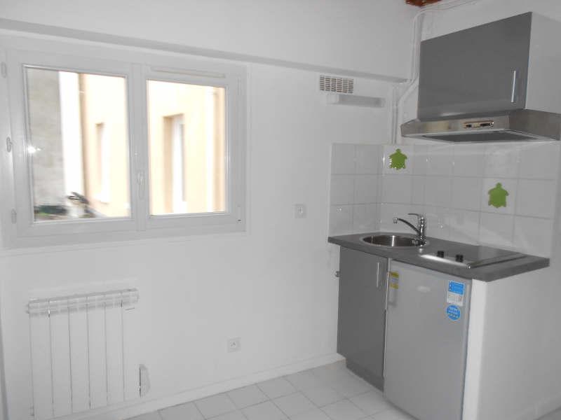 Rental apartment Chatou 595€ CC - Picture 2