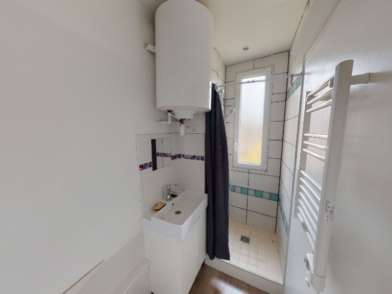 Sale apartment Bagnolet 122000€ - Picture 2