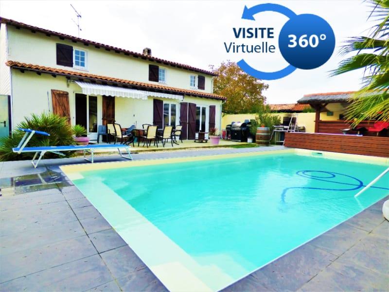 Maison traditionnelle de 160 m² sur 400 m² de jardin avec piscin