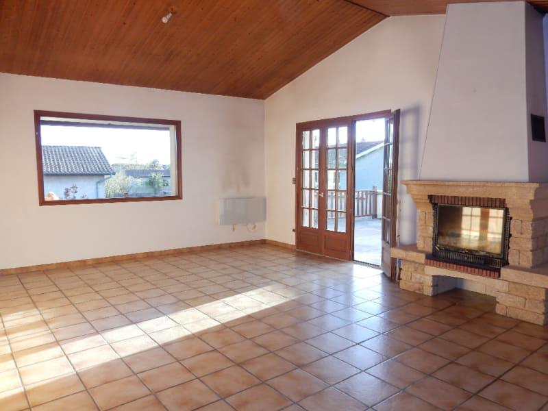Sale house / villa Saint maurice l exil 210000€ - Picture 1