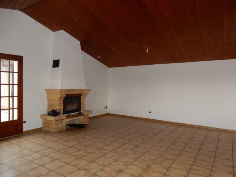 Sale house / villa Saint maurice l exil 210000€ - Picture 11