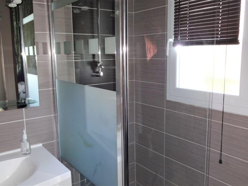Sale house / villa Le burgaud 227999€ - Picture 7