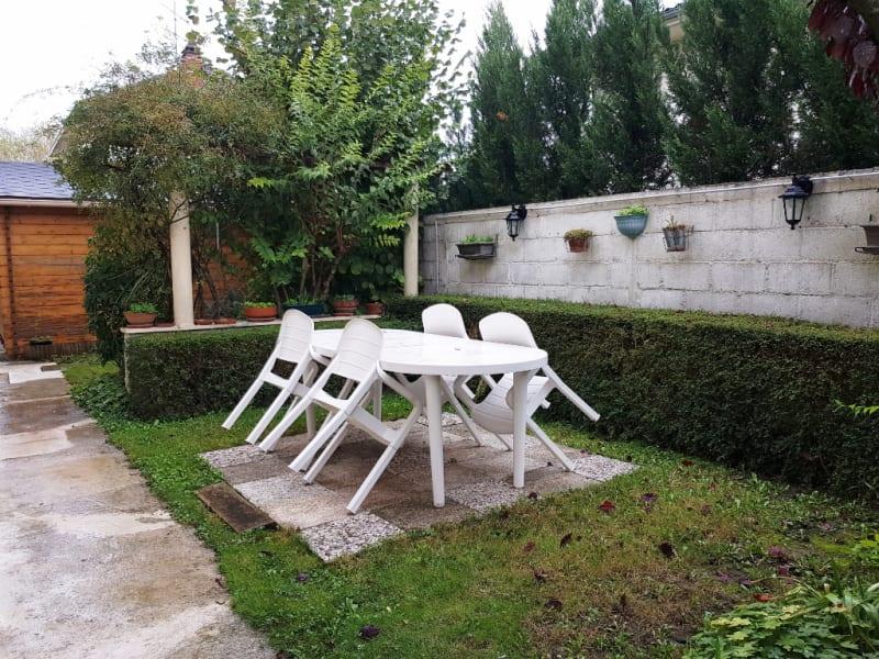 Vente maison / villa Livry gargan 430000€ - Photo 4