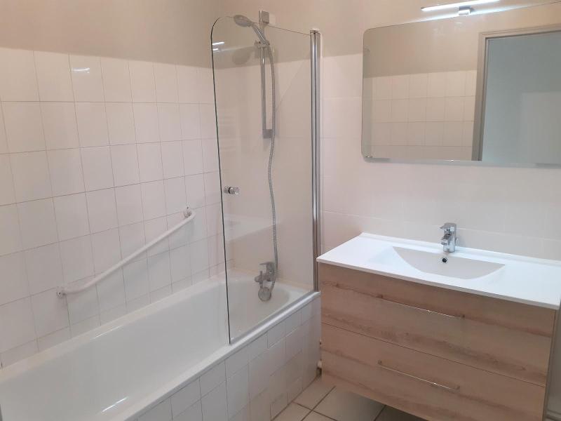 Location appartement Villefranche sur saone 795€ CC - Photo 10